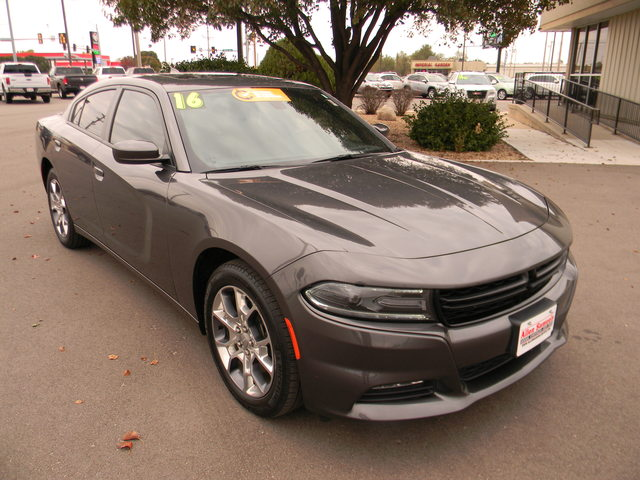 Certified Pre-Owned 2016 Dodge Charger 4dr Sdn SXT AWD
