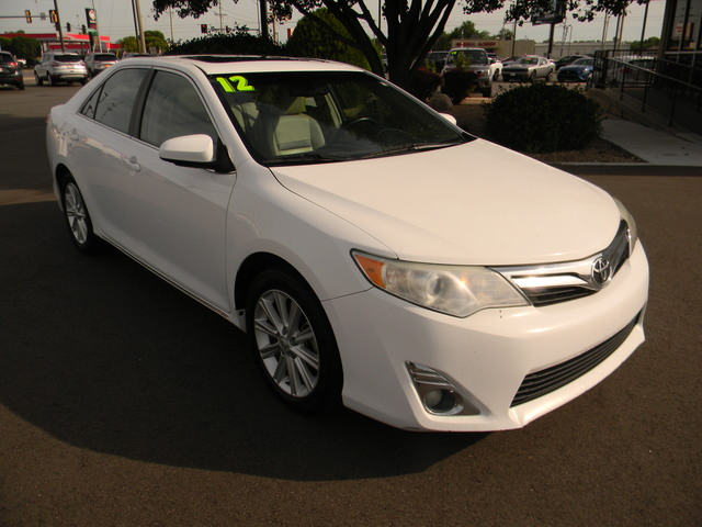 Pre-Owned 2012 Toyota Camry 4dr Sdn V6 Auto XLE