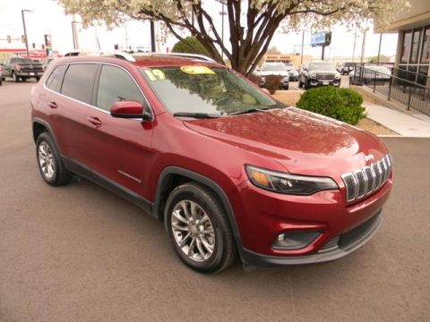 Certified Pre-Owned 2019 Jeep Cherokee Latitude Plus FWD