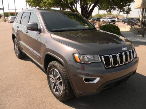 New 2020 JEEP Grand Cherokee Laredo E 4x4 With Navigation