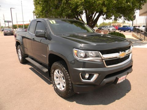 Pre-Owned 2017 Chevrolet Colorado 4WD Ext Cab 128.3 LT 4WD