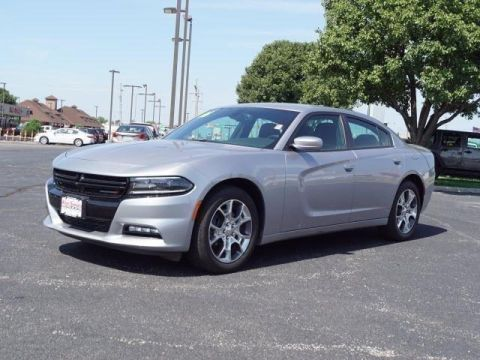 Pre-Owned 2016 Dodge Charger 4dr Sdn SXT AWD