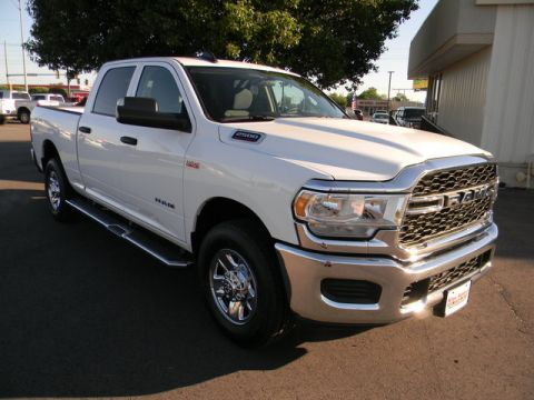 New 2019 RAM 2500 Tradesman 4x2 Crew Cab 6'4 Box