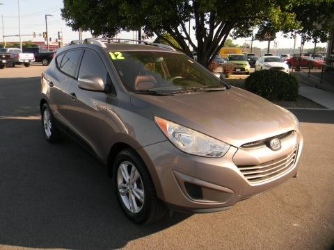 Pre-Owned 2012 Hyundai Tucson FWD 4dr Auto GLS FWD Sport Utility